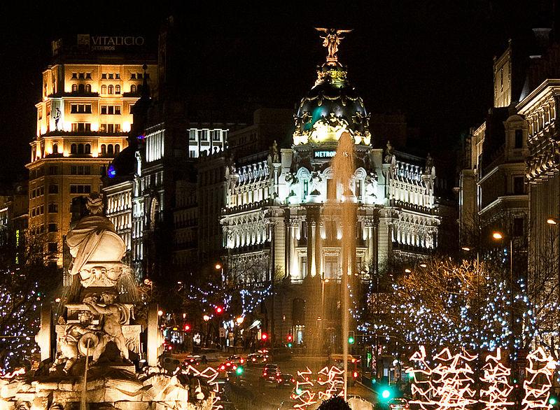 800px-Plaza_de_Cibeles_(Madrid)_12
