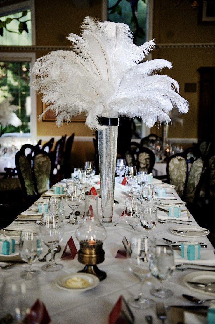Great gatsby table setting themed party the starlit path for Great decor