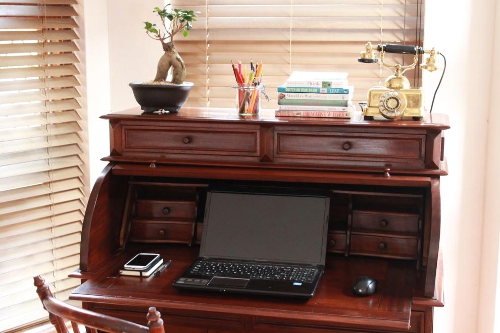 WeWork Dream Space Rolltop Desk
